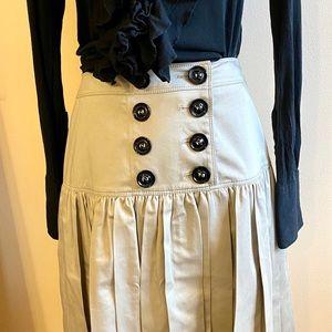 Burberry Los Angelos tan pleated knee length skirt